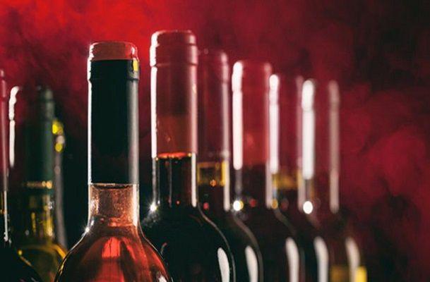 مجازات حمل و نگهداری مشروبات الکلی
