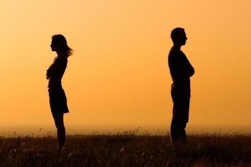نشوز چیست و اثرات آن در طلاق