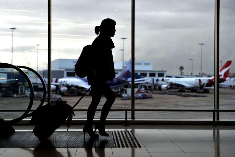 منع خروج بانوان از کشور